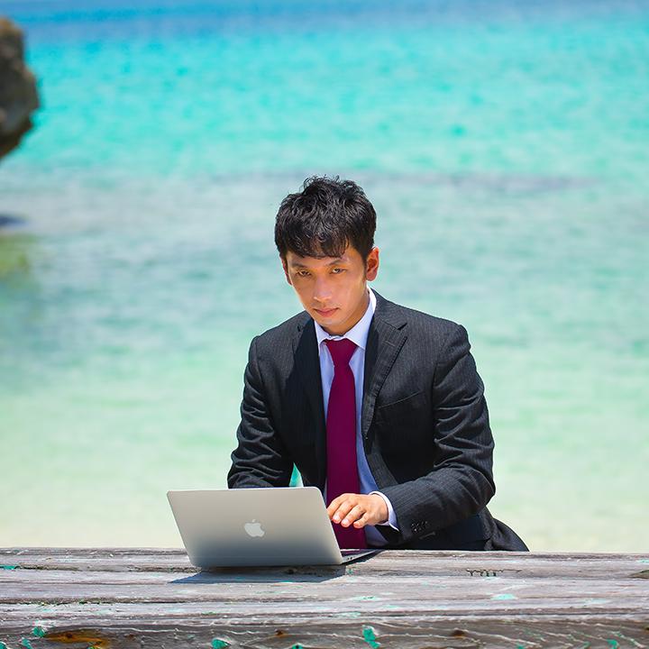 沖縄専門の求人は「joo navi」